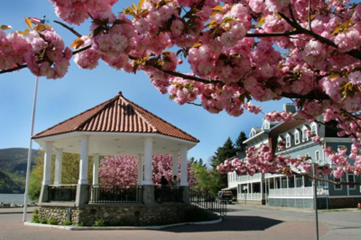 Bandstand in Spring by Jennifer Fariel